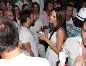 Alessandra Ambrosio - Cafe La Mosique, Brasil 1/1/13