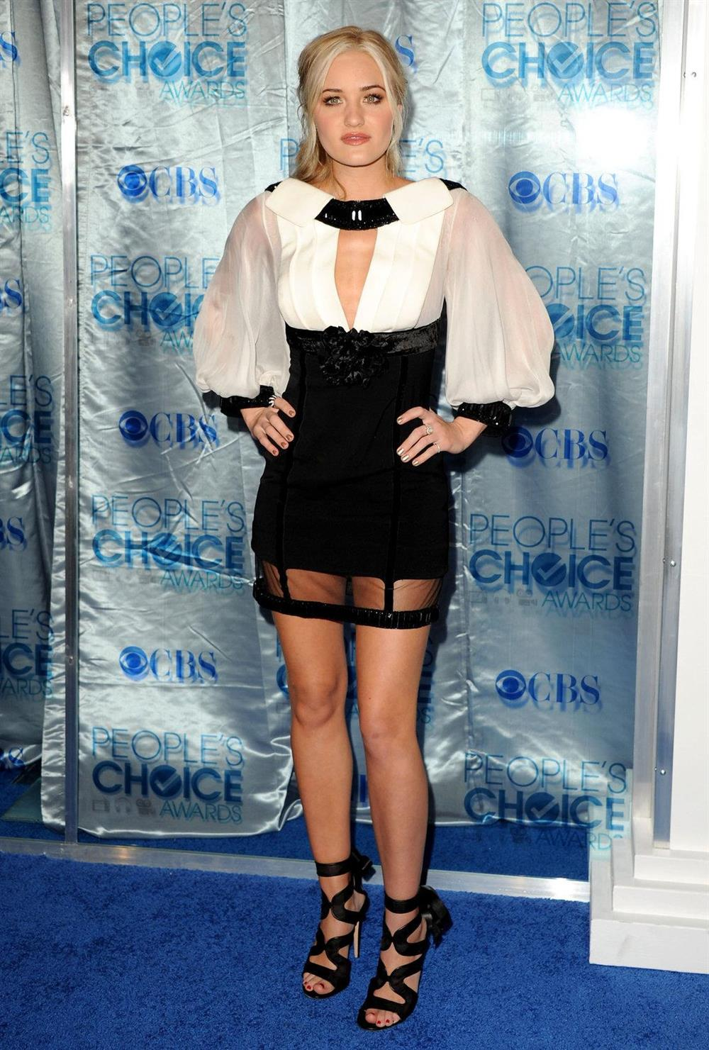 Amanda Michalka Attending The Peoples Choice Awards In Los Angeles On January 5, 2011-4912