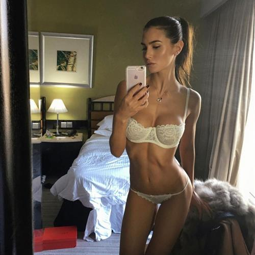 Silvia Caruso in lingerie taking a selfie