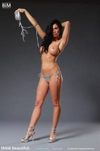 Rachelle Wilde Stripping for Body in Mind
