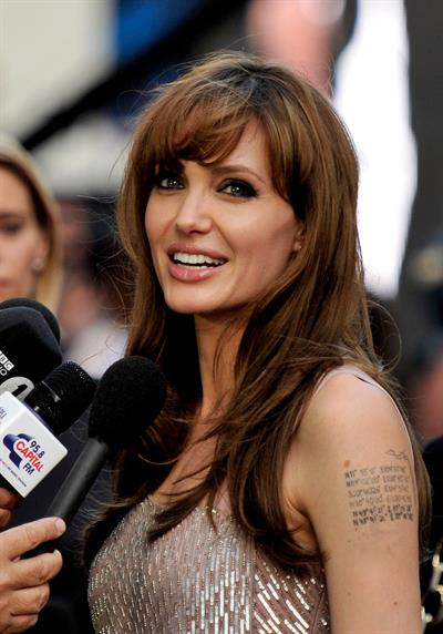 Angelina Jolie Salt Premiere in London on August 16, 2010
