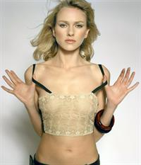 Naomi Watts - breasts
