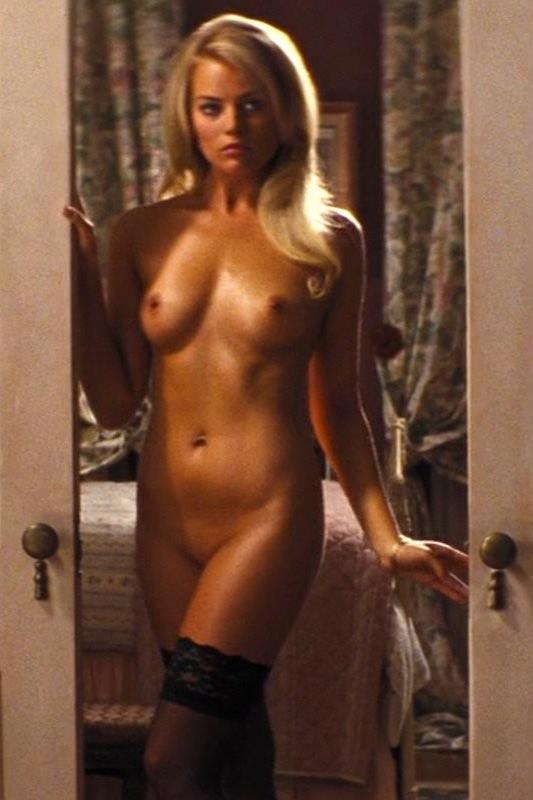 Margot Robbie Boobs