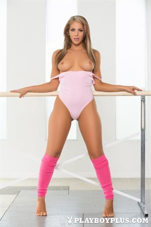 Playboy Cybergirl - ballet with Jillisa Lynn Nude