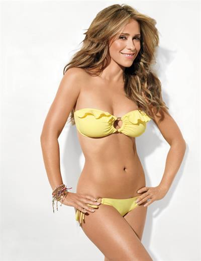 Jennifer Love Hewitt in a bikini