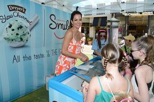 Brooke Burke - Dreyer's Slow Churned light ice cream's  A Reason to Smile  in Oakland (June 6, 2012)