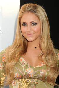 Cassie Scerbo - The Big Easy Juke Joint at Bugatta in Los Angeles (Aug 22, 2012)