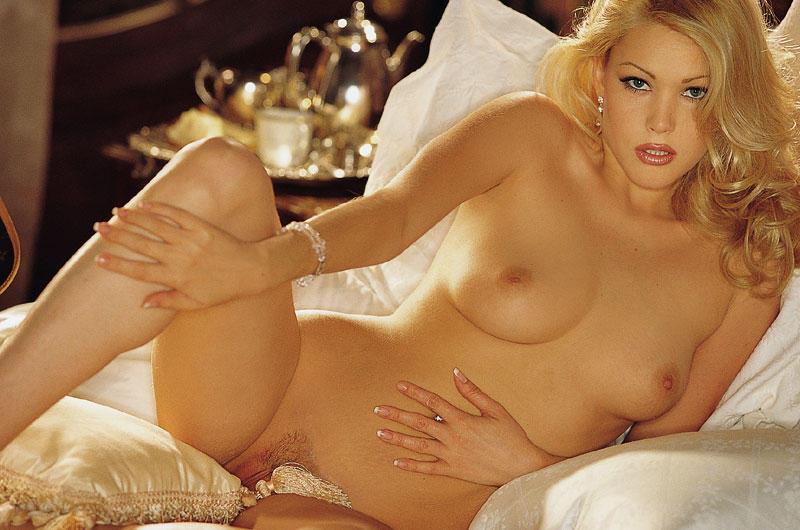 Shannan moakler nude pics