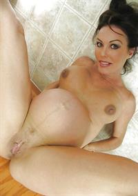 Nancy Vee - pussy and nipples