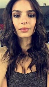 Emily Ratajkowski taking a selfie