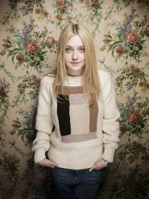 Dakota Fanning 2013 'Very Good Girl' Sundance Photocall Victoria Will Photoshoot