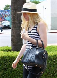 Dakota Fanning - 2012-08-17 - Leaving a dance class in Studio City