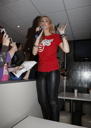 Delta Goodrem McHappy Day in Tullamarine - November 10, 2012
