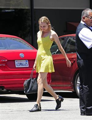 Diane Kruger Arrives at the Oaks Gourmet in Los Feliz on June 19, 2013