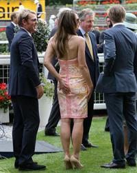 Elizabeth Hurley at Betfair Weekend King George Day in Ascot 27.07.13