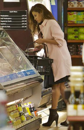 Eva Mendes - Running some errands in Las Vegas on March 30, 2013