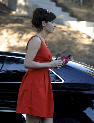 Zooey Deschanel - O&A in Los Angeles - August 5, 2012