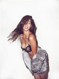 Eloisa Carvalho in lingerie