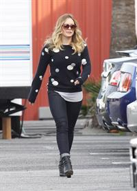 Hilary Duff - Spotted on the set for Raising Hope in Chatsworth on January 29, 2013