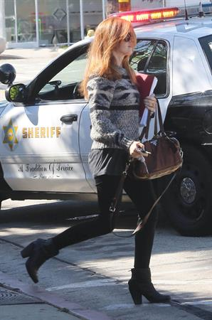Isla Fisher Goes to Benjamin Beauty Salon in LA - October 10, 2012