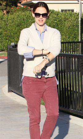 Jennifer Garner - Spotted in Los Angeles on January 30, 2013