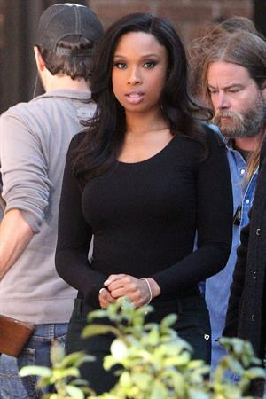 Jennifer Hudson Films a Weight Watcher commercial in Los Angeles (November 16, 2012)