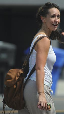 Jennifer Love Hewitt out for a hike in Santa Monica 8/7/12