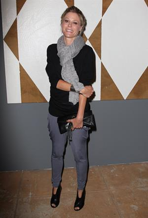 Julie Bowen - Opening night of 'Ghost Town' in Venice, CA (Jul 15, 2012)
