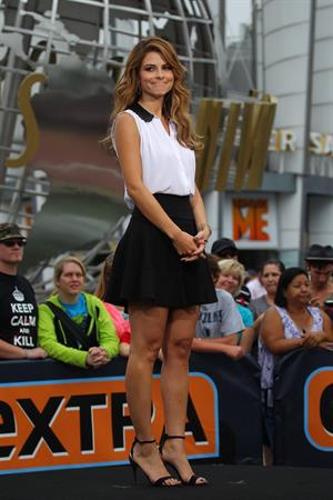Maria Menounos on the set of EXTRA in Los Angeles on Septemeber 20, 2013