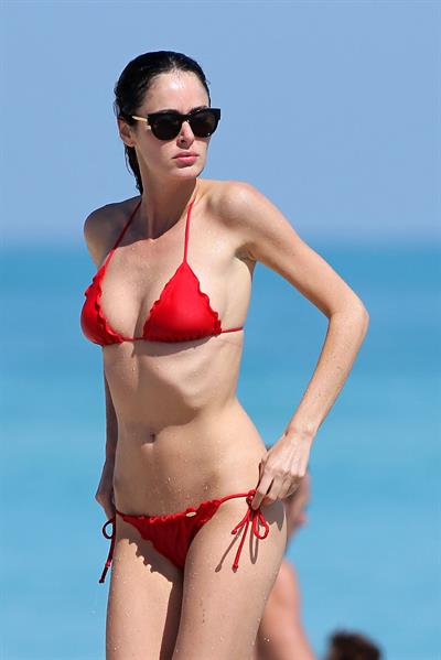 Nicole Trunfio bikini candids in Miami Beach 11/1/12