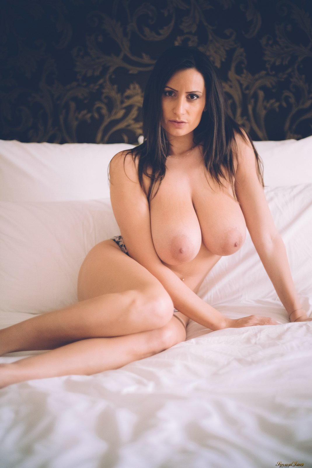 Haleigh naked, jennifer gold xxx