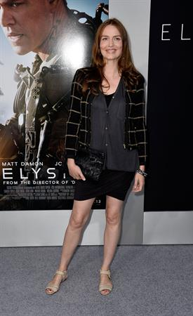 Saffron Burrows  Elysium  Los Angeles Premiere - Westwood, Aug. 7, 2013