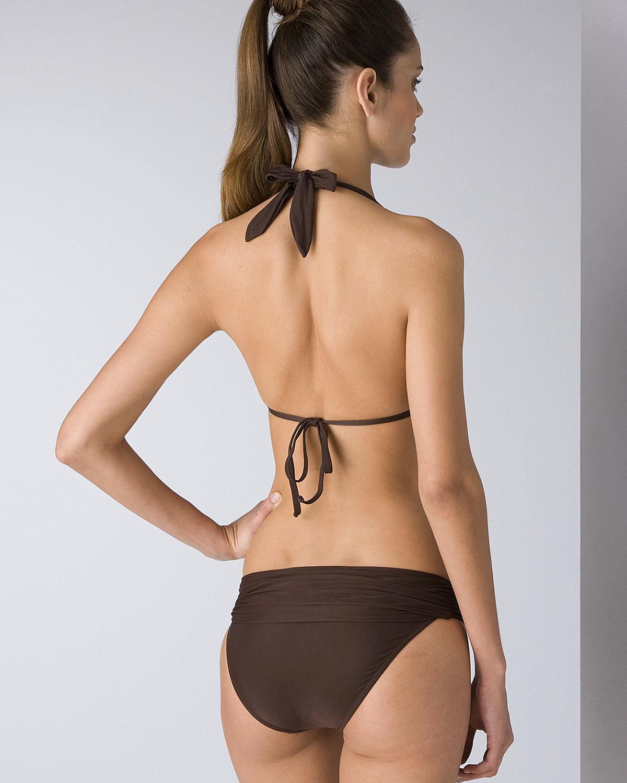 Amanda Brandão in a bikini - ass