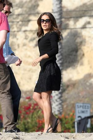 "Salma Hayek on the ""How to Make Love Like an Englishman"" set candids in Los Angeles, November 4, 2013"