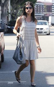 Selma Blair Shops in Beverly Hills - September 29, 2012