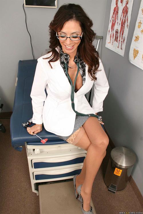 Famous Latina pornstar Ariella Ferrera is always ready to suck cock  1453855