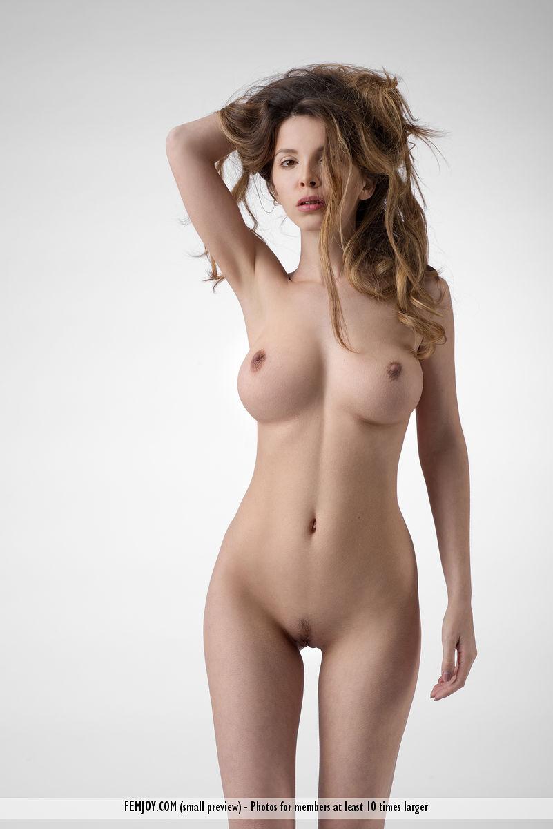 Teen busty nude