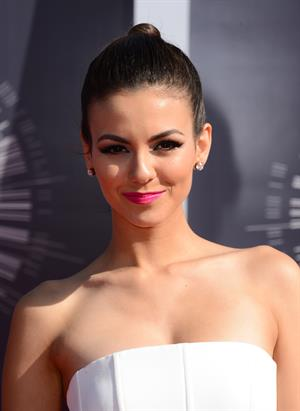 Victoria Justice at the 2014 MTV Video Music Awards, Inglewood August 24, 2014