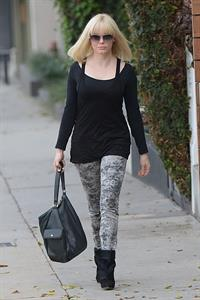 Rose McGowan - With new blond haristyle - Los Angeles - Dec. 4, 2012