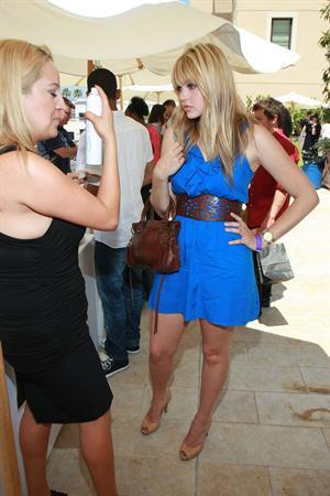 Aimee Teegarden MTV Movie Awards Style Lounge 3/6/2010