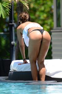 Jennifer Nicole Lee in a bikini - ass