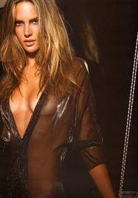Alessandra Ambrosio Hommem Vogue Brazil Magazine 2009