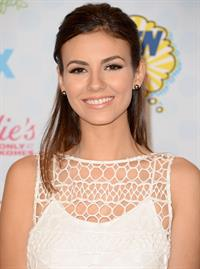 Victoria Justice attending the 2014 Teen Choice Awards, Los Angeles August 10, 2014