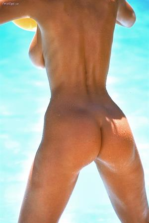 Veronica Zemanova @ Bikini Strip