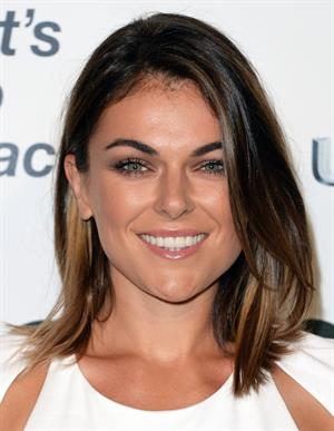 Serinda Swan 23rd Annual Environmental Media Awards - Burbank - October 19, 2013