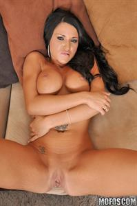 Abagelle Banks - breasts