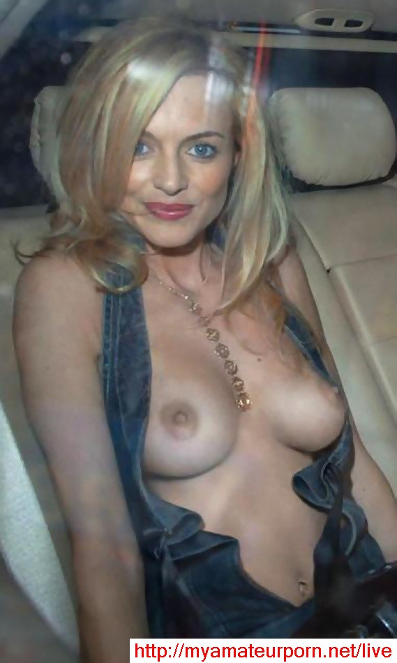 Heather Graham nip slip