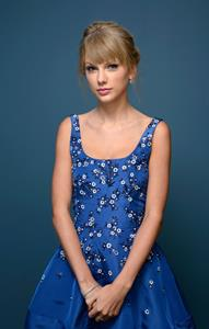"Taylor Swift – ""One Chance"" Portraits at TIFF 9/9/13"