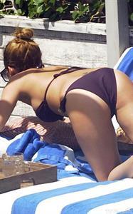 Nicole Richie bikini pictures