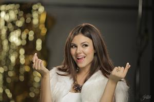 Victoria Justice -  Gold  Behind the Scenes June 2013